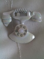 Egyedi nagyon mutatós telefonocska kitűző