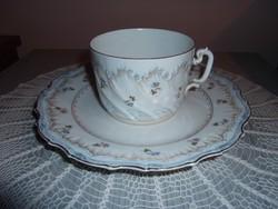 Antik teás csésze kistányérral