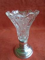 Ezüst talpas csiszolt üveg váza dianás jelzéssel