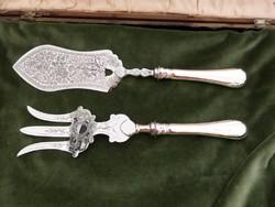 Ezüst nyelű szedő / tálaló lapát és villa
