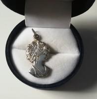 Régi kámea ezüst medál