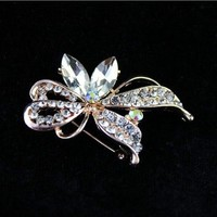 Aranyozott  swarovski gyöngy bross  KIT32