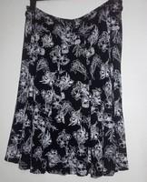 Fekete fehér virág mintás szoknya Canda