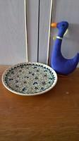18519/7/1 Kézzel festett török majolika kézműves tányér jelzett