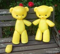 Retro sárga műanyag maci -- 40 cm + ajándékba egy másik maci
