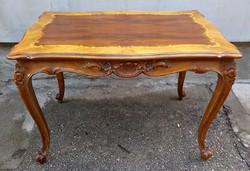 Régi barokk faragott intarziás dohányzóasztal