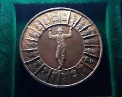 50 éves a Tápéi Hagyományőrző Népi Együttes 1984. Ritka emlékérem. Bronz, 42,5 mm , 38 g.