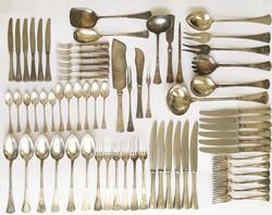 Angol fazonú 6 személyes, 68 darabos ezüst evőeszköz készlet