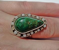 Zöld ásvány köves állítható méretű ezüst gyűrű