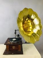 Nagy méretű gramofon