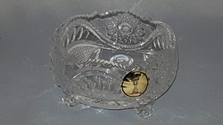 Lips offering crystal glass