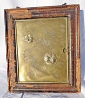 1908-as bronz virágos kép, bőr borítású fa keretben