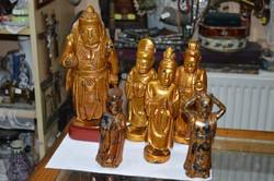 6 darab keleti aranyozott fa figura