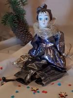 Velencei karnevál porcelánbaba, gyűjtői darab