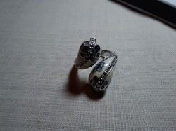 Nem mindennapi 925-ös ezüst gyűrű