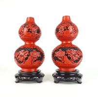 0U666 Régi piros-fekete keleti váza pár 20.5 cm