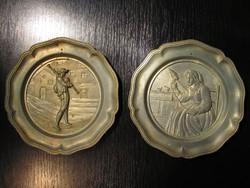 ÚJÉVI AKCIÓ - 2 db Antik Ón fali tányér (ALKUKÉPES)