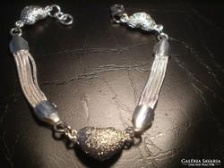 SZIVECSKÉS ezüsttözött egyedi karlánc