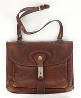 0U942 Régi barna bőr női táska válltáska