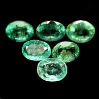 Termeszetes Kezeletlen Smaragd 35db 2.4x1.6mm