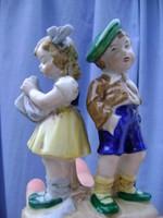 Német porcelán kisfiú és kislány páros figura