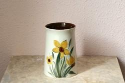Arabia Finnland Atelje HLA 104/3 finn kerámia váza nárcisszal virágos