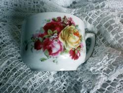 Gyönyörű antik rózsás teás csésze