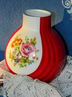 Különleges virágos Neuerer porcelán váza, piros