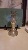 Foncsorozott üveg váza vagy gyertyatartó