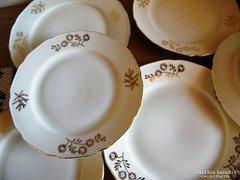 4 + 3 db süteményes tányér, 17  és 19 cm