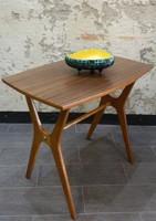 Eredeti skandináv retro / design kávézó asztal