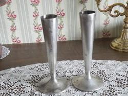 Ezüstözött vázák