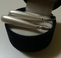 Exkluzív ezüst gyöngyös fülbevaló