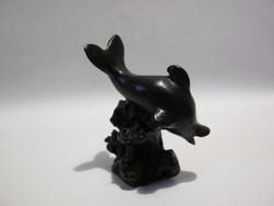 Delfin szobor