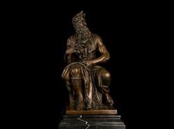 Mózes bronz szobor