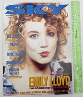 Sky magazin 1988/6 Emily Lloyd The Cure Dennis Quaid Scritti Politti Christians