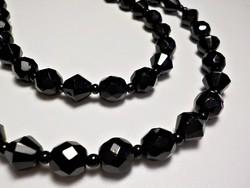 2 soros fekete üveg nyaklánc