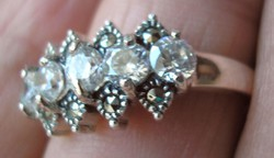 925 ezüst gyűrű 18,9/59,3 mm, leuko topázzal és markazittal