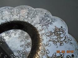 Ezüstözött kis tál ,cizellált stilizált növényi mintákkal,hullámos peremmel-11 cm