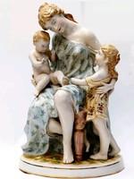 Anya gyermekeivel - Monumentáis porcelán figura