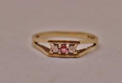 Gyönyörű antik rubin és brill arany gyűrű
