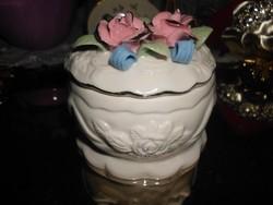 Rózsás porcelán ékszertartó