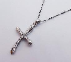 Cirkon köves ezüst kereszt medál és nyaklánc