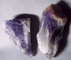 Természetes ametiszt kristályok