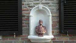 Horthy Miklós szobor