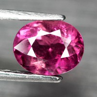 Ovális fazettált pink turmalin drágakő 1,81 ct (107)