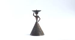 Retro iparművész réz/bronz gyertyatartó - szoknyás hölgy formájú