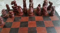 Antik fa sakk eladó!Gyönyörű faragott bábúkkal
