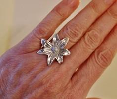 Szépséges nagy virág ezüst gyűrű