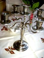 5 ágú ezüst színű fém gyertyatartó